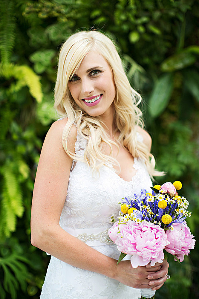 utah bridal photography at red butte gardens pink flowers