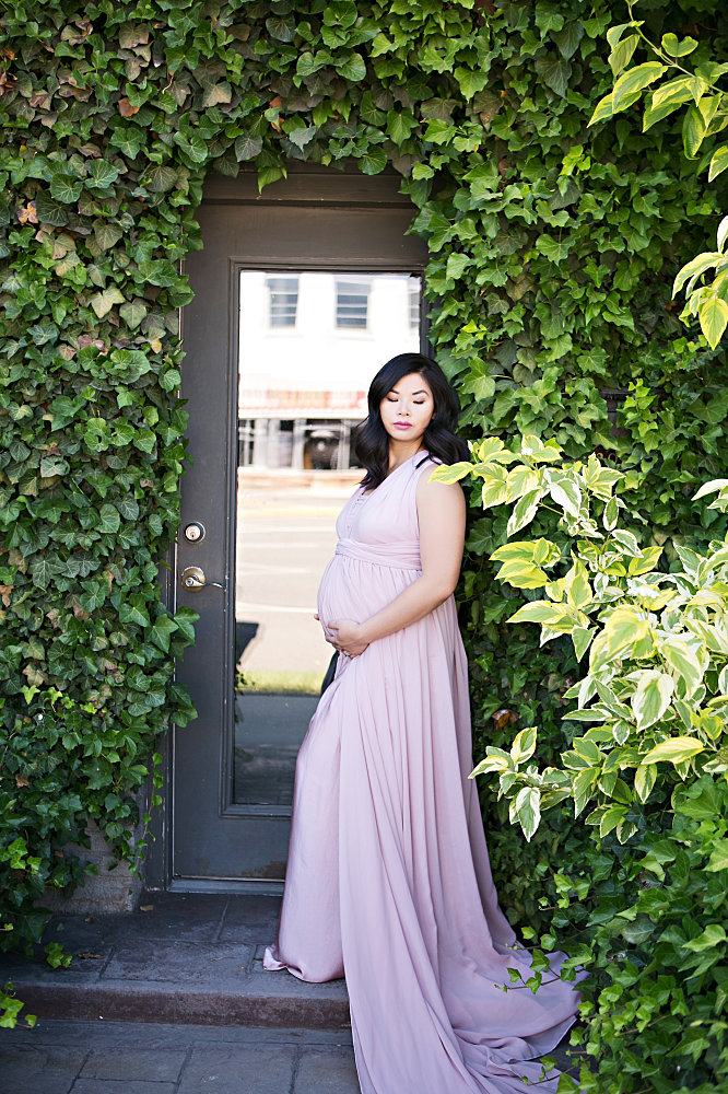 Studio Gown, Boudoir, and Artistic Nude Maternity